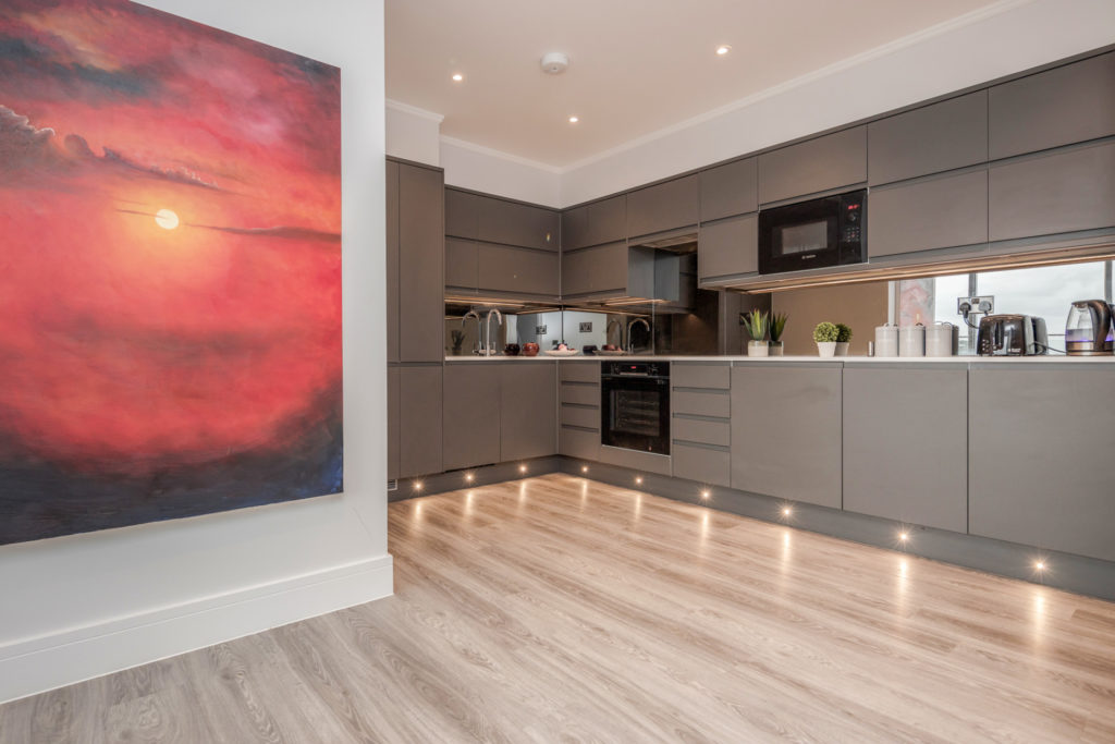 Serviced Apartment - Modern Spaces